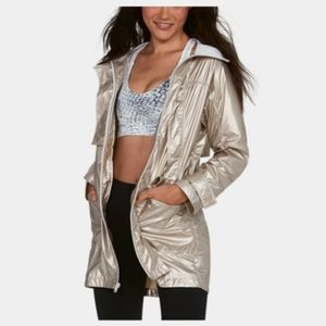 Under Armour Metallic Anorak  Jacket Gold small